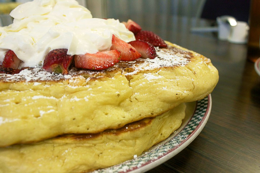 The Grrrreat Pancakes at Jethro's Fine Grub   tryhiddengems.com