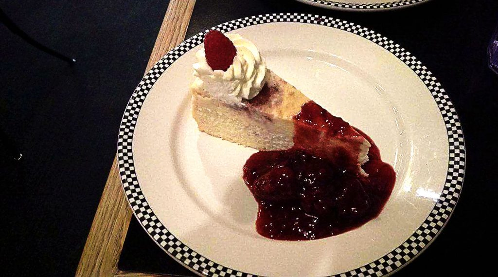 White Rasberry Crustless Cheesecake at True Confections | tryhiddengems.com