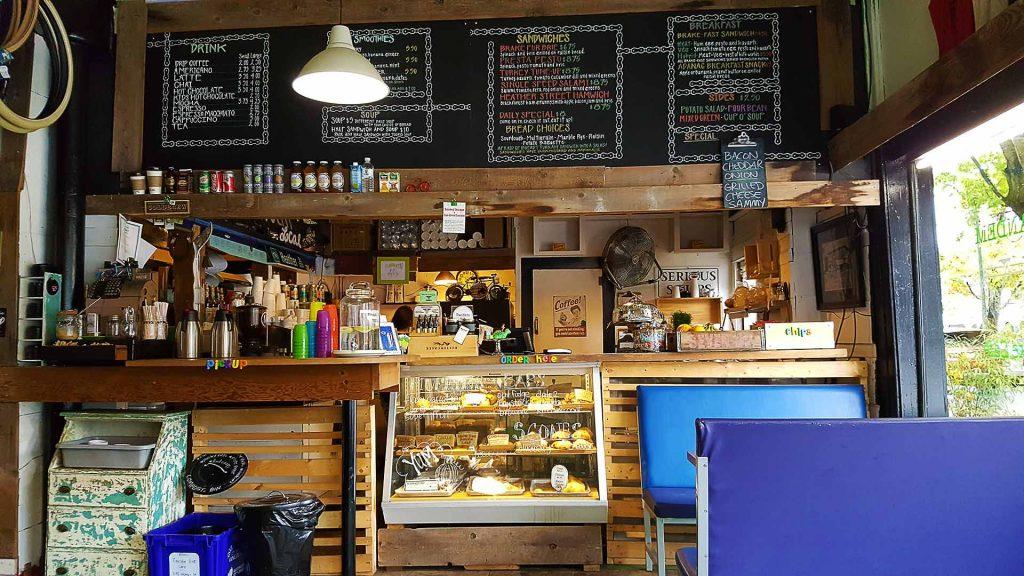 Mocha at Tandem Bike Cafe | tryhiddengems.com