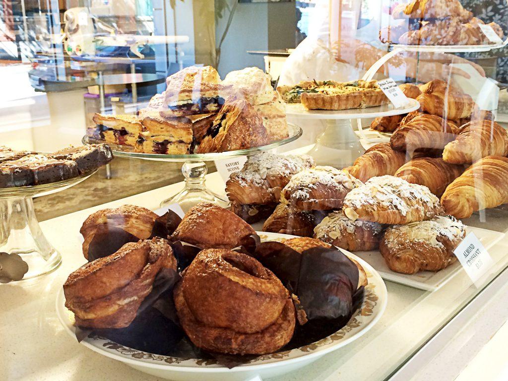 Cadeaux Bakery - Bakery - Vancouver
