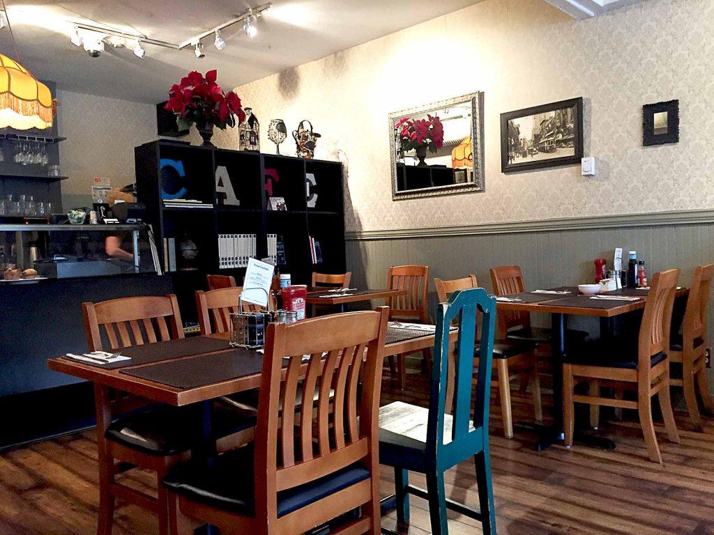 Cindy's Cafe - Brunch Place - West Vancouver - Vancouver