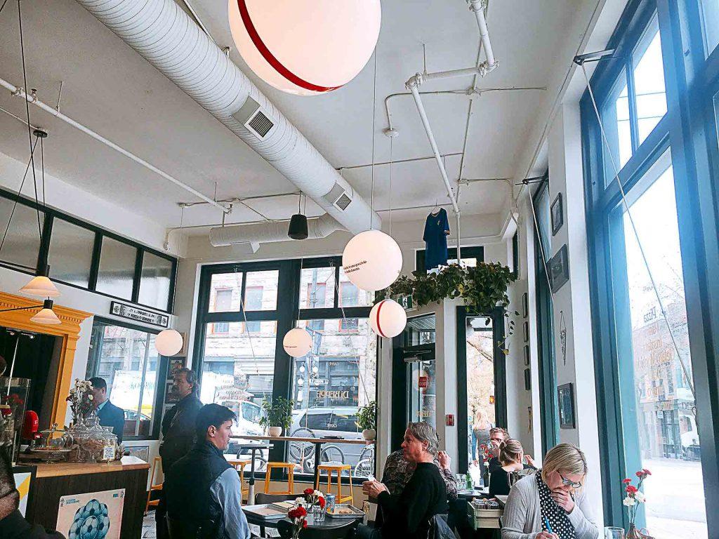 Caffe Di Peppe - Italian Coffee Shop - Gastown - Vancouver