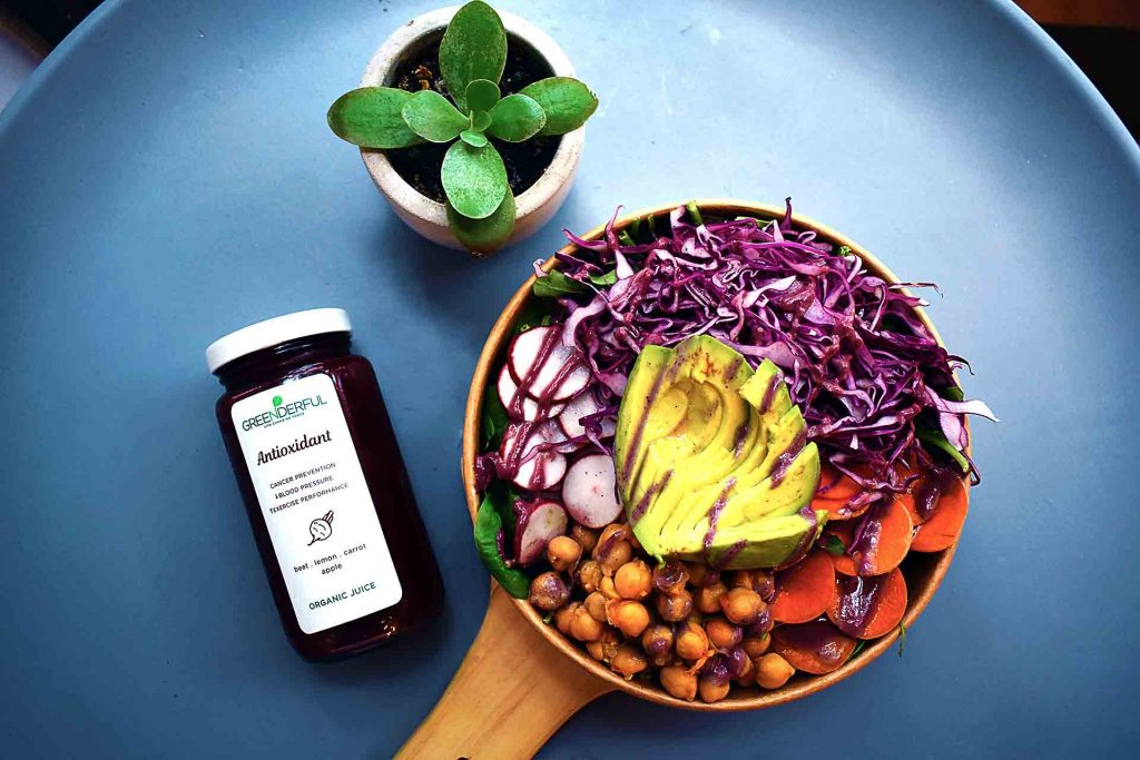 The Rainbow Bowl at Greenderful Juice and Salad | tryhiddengems.com
