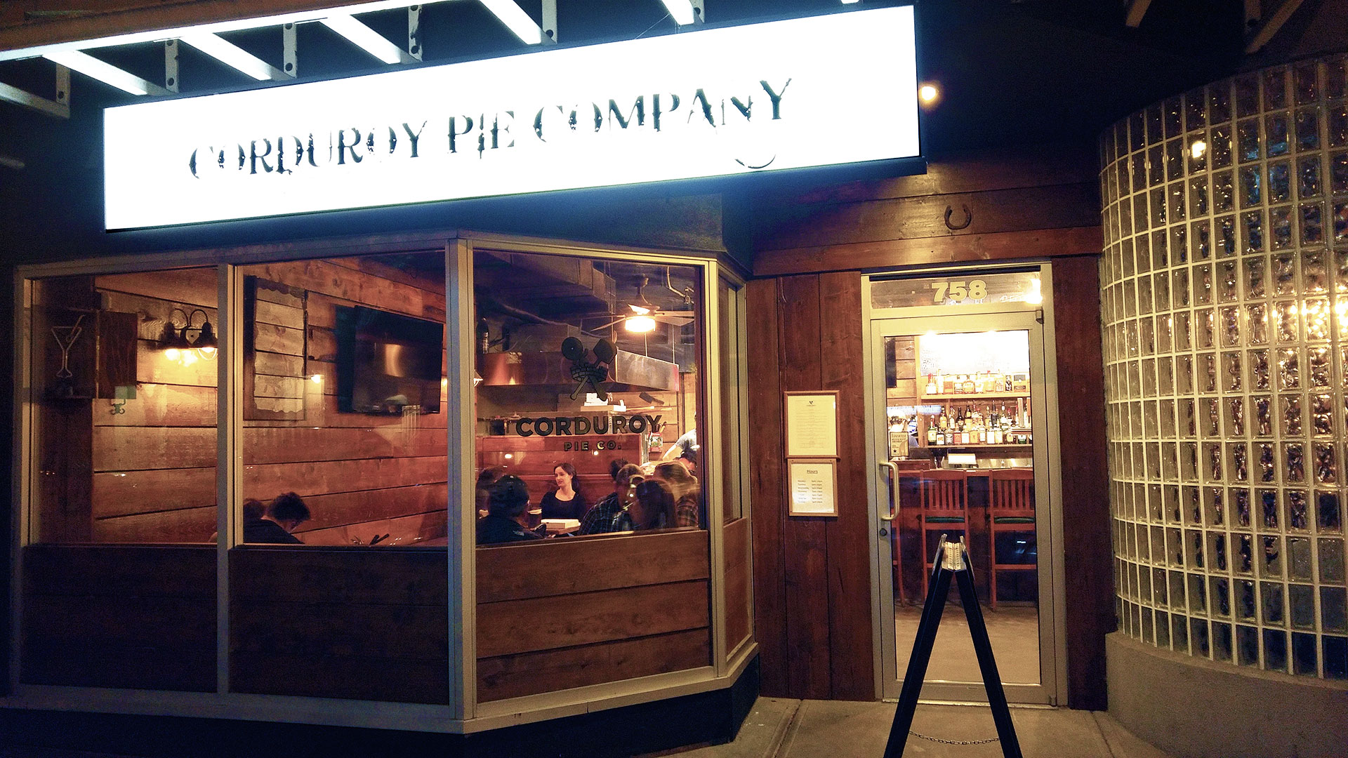 Featured Pizza at Corduroy Pie Company | tryhiddengems.com